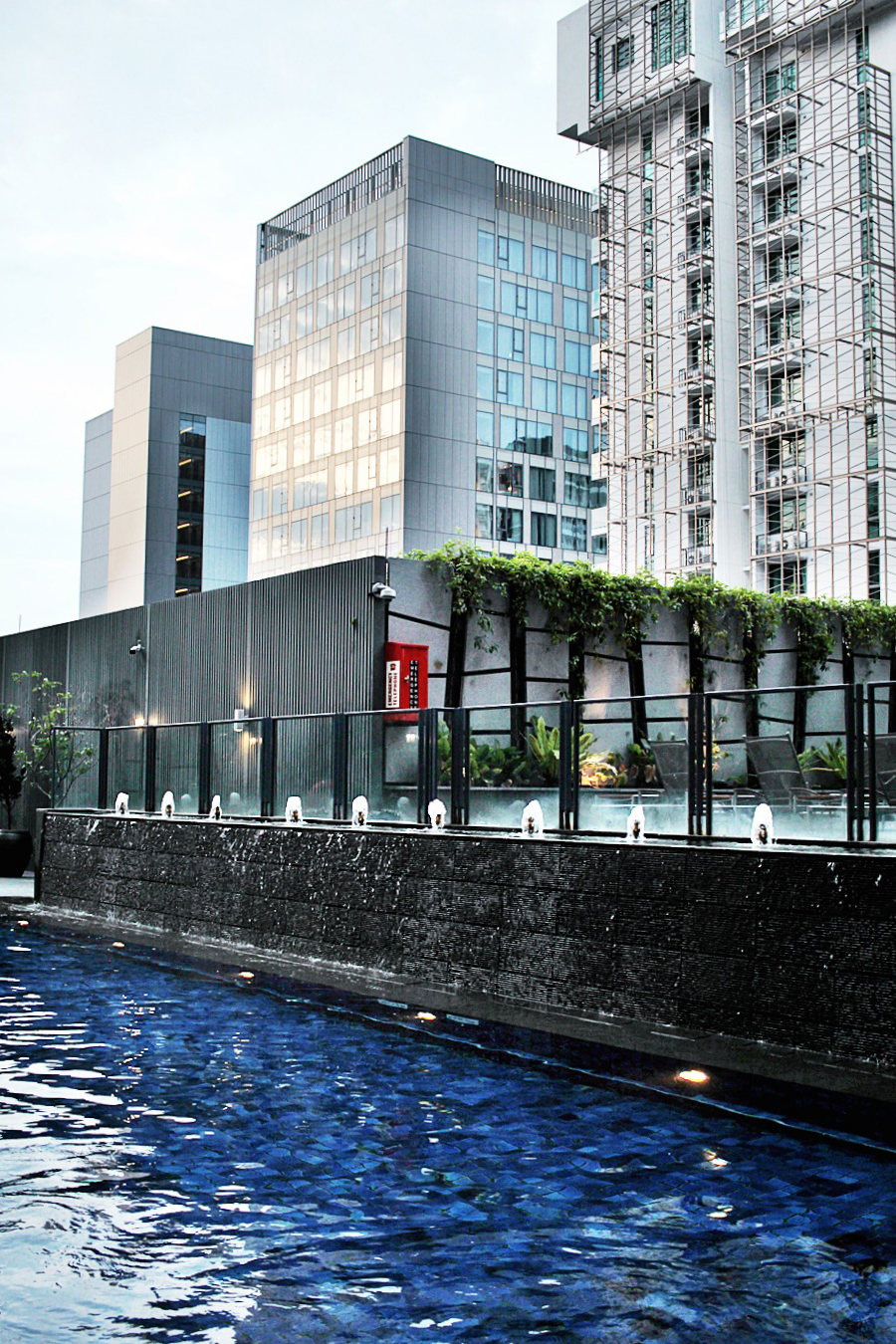 pool singapore garden sky