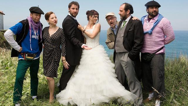 Imagen promocional de Ocho apellidos vascos (2014), un éxito del cine español