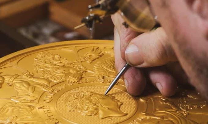 QUEEN'S BEASTS – Moeda cunhada em 10 quilos de ouro remonta a ancestralidade do trono britânico.