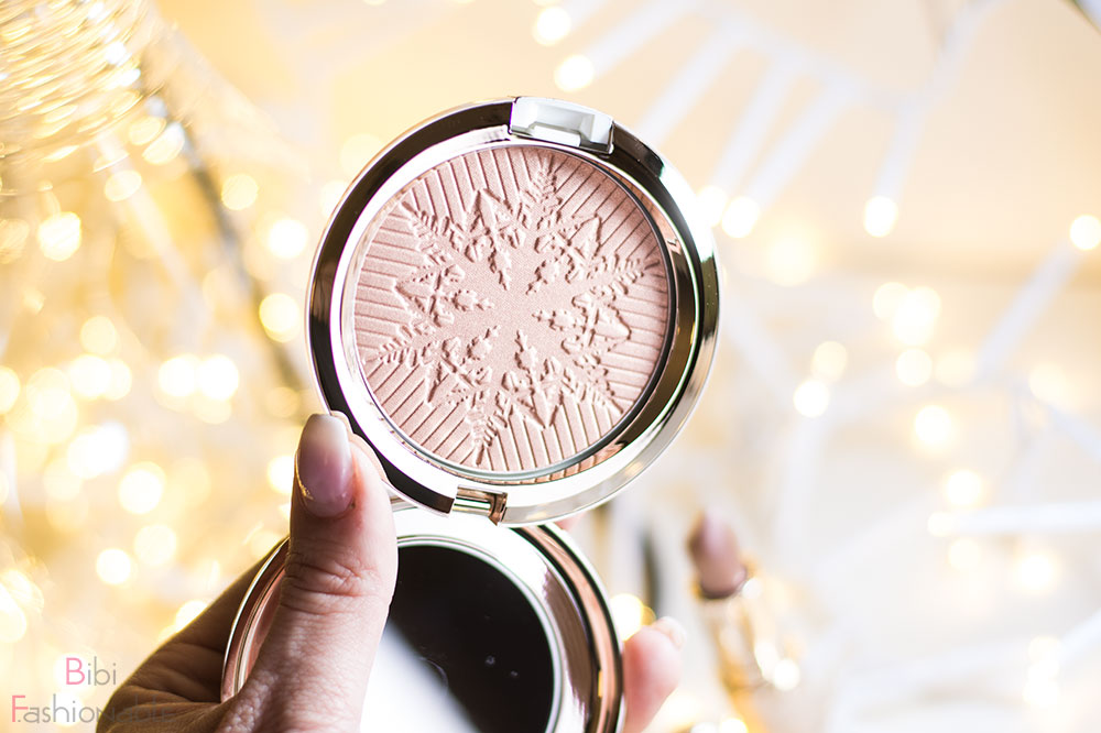 MAC Snow Ball Limited Edition Face Powder Here Comes Joy