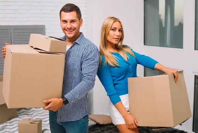 DIY vs Hiring Professional Movers