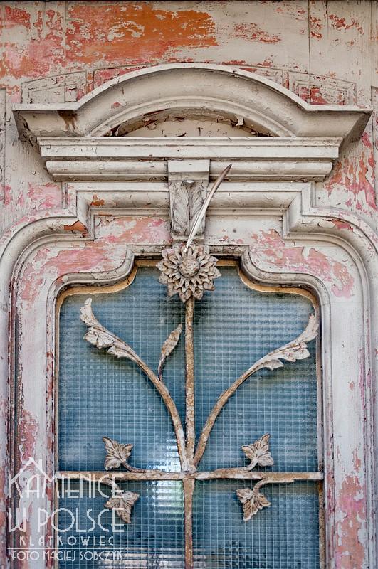 Jawor. Architektura. Miasto. Drzwi. Kamienica.
