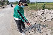 Warga Desa Mekarsari Minta dengan Tegas kepada Kontraktor Jangan Kerjakan Proyek Asal-asalan