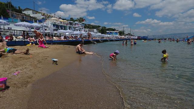 شاطئ ناكيباي