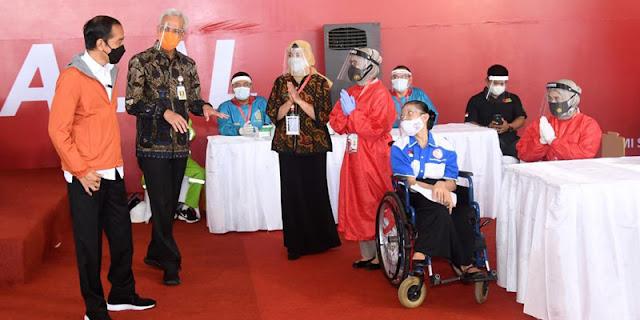 75 Persen Relawannya Inginkan Ganjar, Jokowi Kesulitan Saat Diminta PDIP Geser Dukungan Ke Puan Maharani