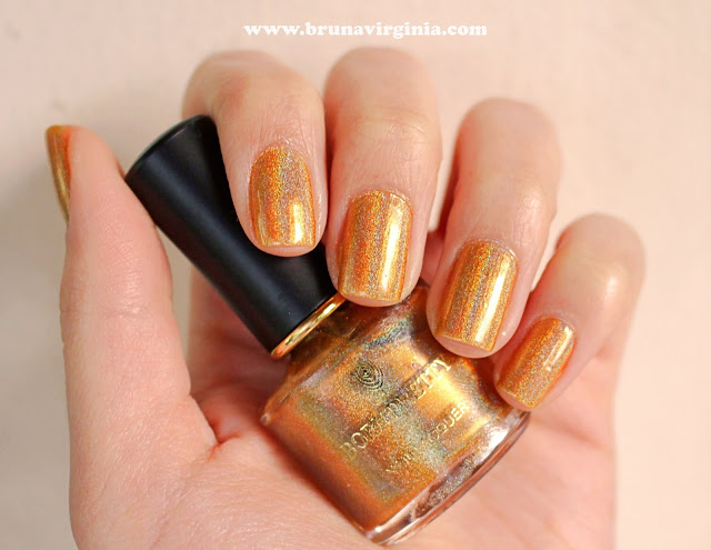 Unha da semana: Esmalte holográfico dourado Born Pretty Store!