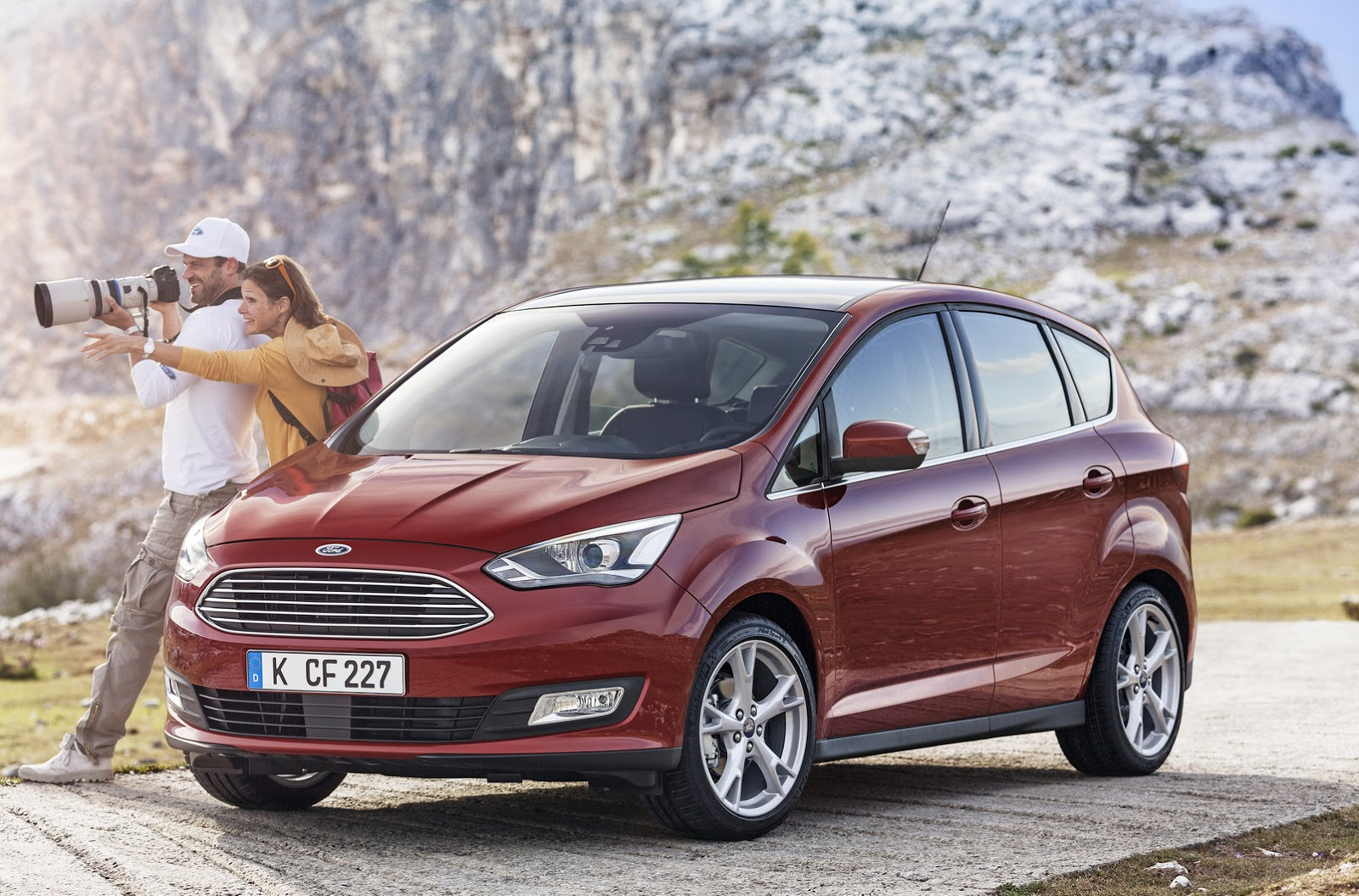 2015 ford c max facelift family revealed in 43 photos. Black Bedroom Furniture Sets. Home Design Ideas