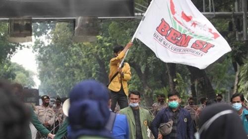 Makin Panas! BEM SI Kini Ancam Turun ke Jalan: Indonesia Alami Degradasi Demokrasi yang Nyata!
