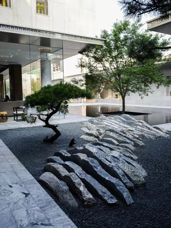 Contemporary japanese gardens and landscapes modern for Landscaping rocks east bay