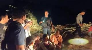 Hutan Lindung Dikomersialkan,Sejumlah Pria Di Tangkap Polisi