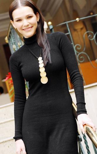 Foto de Kika Edgar vestida de negro