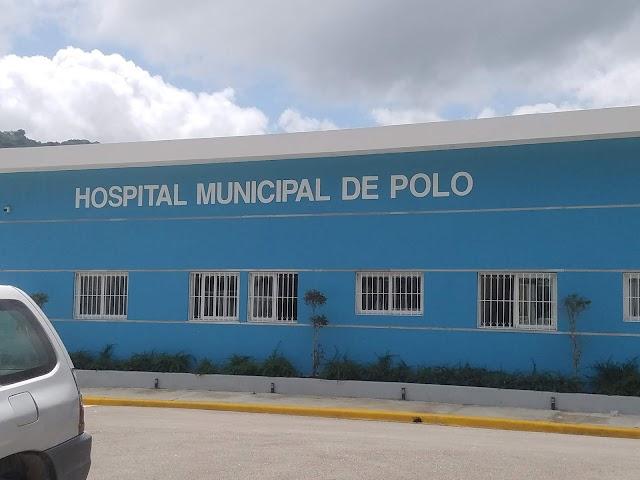Médicos, enfermeras y personal administrativo se vacunan hoy en polo.