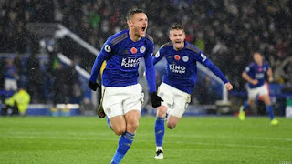 Leicester Pile Further Misery on Arsenal