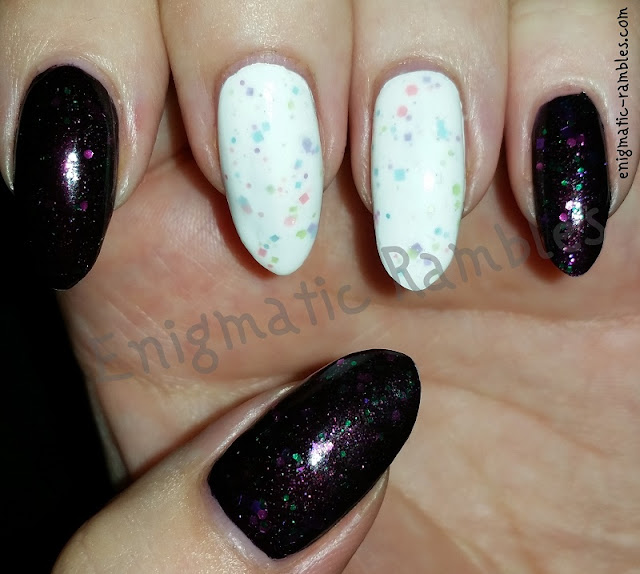 Contrast-Glitter-Nails-Nail-Art