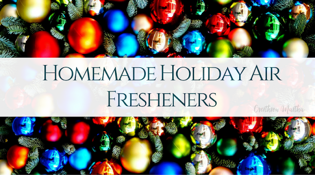 Make your own nontoxic homemade holiday air fresheners with these simple steps