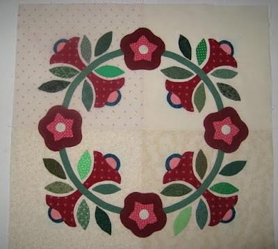Periwinkle Vine for Hospital Sketches on Civil War Quilts blog