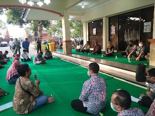 Luluh dengan Keluhan PKL, Walikota Akhirnya Longgarkan Jam Dagang