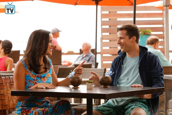"NUP 184107 0226 595 Spoiler%2BTV%2BTransparent - Brooklyn Nine-Nine (S06E01) ""Honeymoon"" Season Premiere"