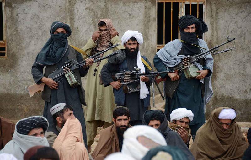 Un nouveau chef chez les Talibans après la mort de mollah Mansour.