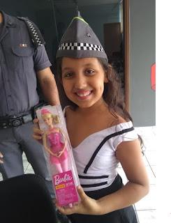 Policia Militar faz festa surpresa a menina que tinha um sonho em conhecer o Quartel