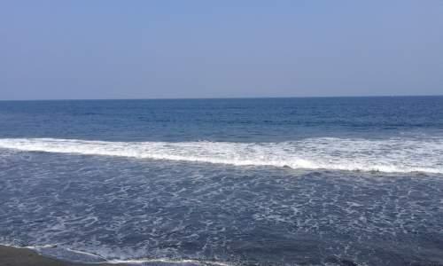 Objek wisata pantai Medewi (Kabupaten jembrana)