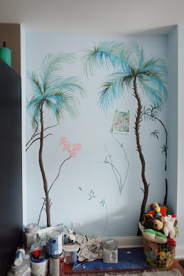 palm hand paint wall mural leaves