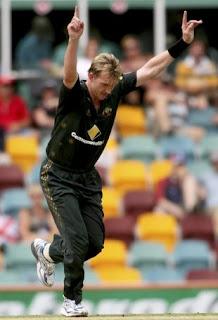 Brett Lee 5-27 - Australia vs India 1st Match CB Tri-Series 2008 Highlights