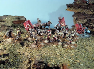 Command pack: 17 foot miniatures, one horse cart, two horses, one wolf.