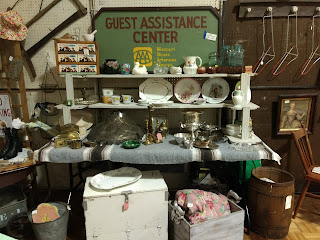 booth display, antiques, vintage, smalls