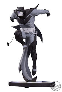 SDCC 2018 DC Collectibles Batman Black and White Statues Sean Murphy Art