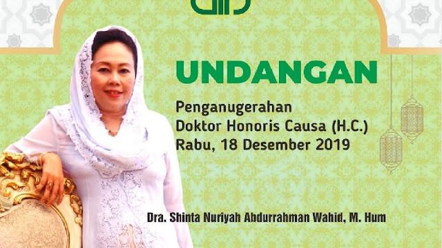 Ibu Sinta Nuriyah Wahid Terima Anugerah Doktor HC dari UIN Sunan Kalijaga