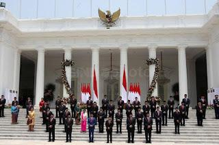 Rata-rata Kinerja Menteri Buruk, Pengamat: Jokowi Langsung Saja Reshuffle