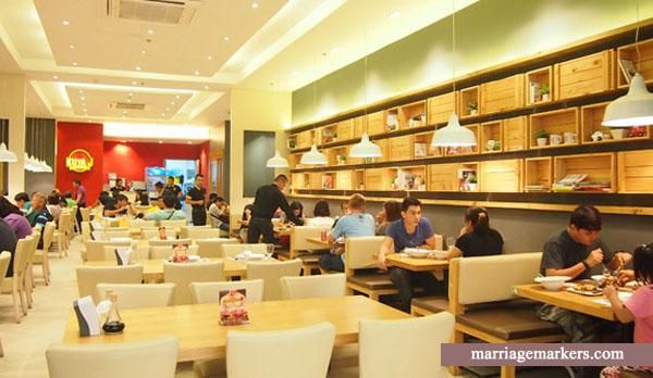 Kuya J Restaurant Bacolod - Bacolod blogger - family meals - SM City Bacolod - Pinoy favorites- Pinoy dishes - Pinoy comfort foods - Bacolod restaurant - interior design