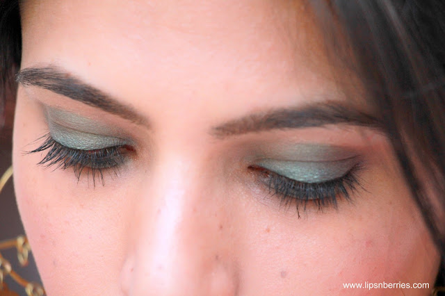 green eyeshadow for indian wedding makeup