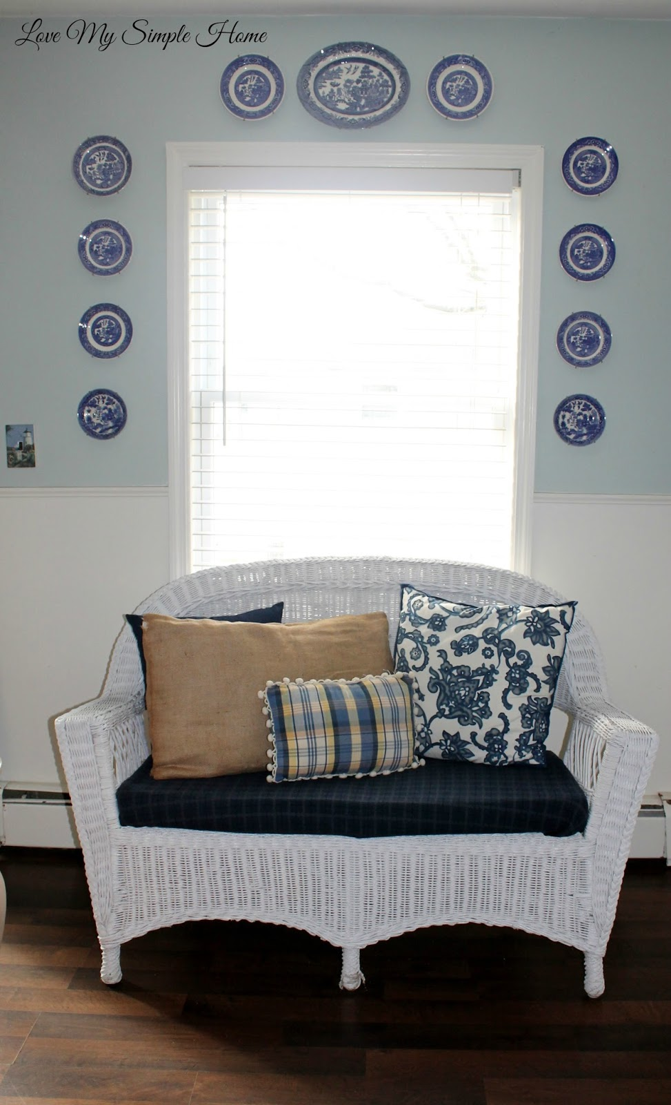Decorate with white wicker furniture for winter | Love My ...