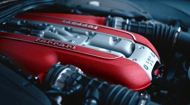 フェラーリ 812GTS エンジン