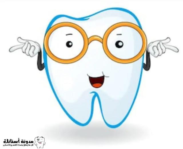 علاج تسوس الأسنان اللبنية عند الأطفال الصغار.