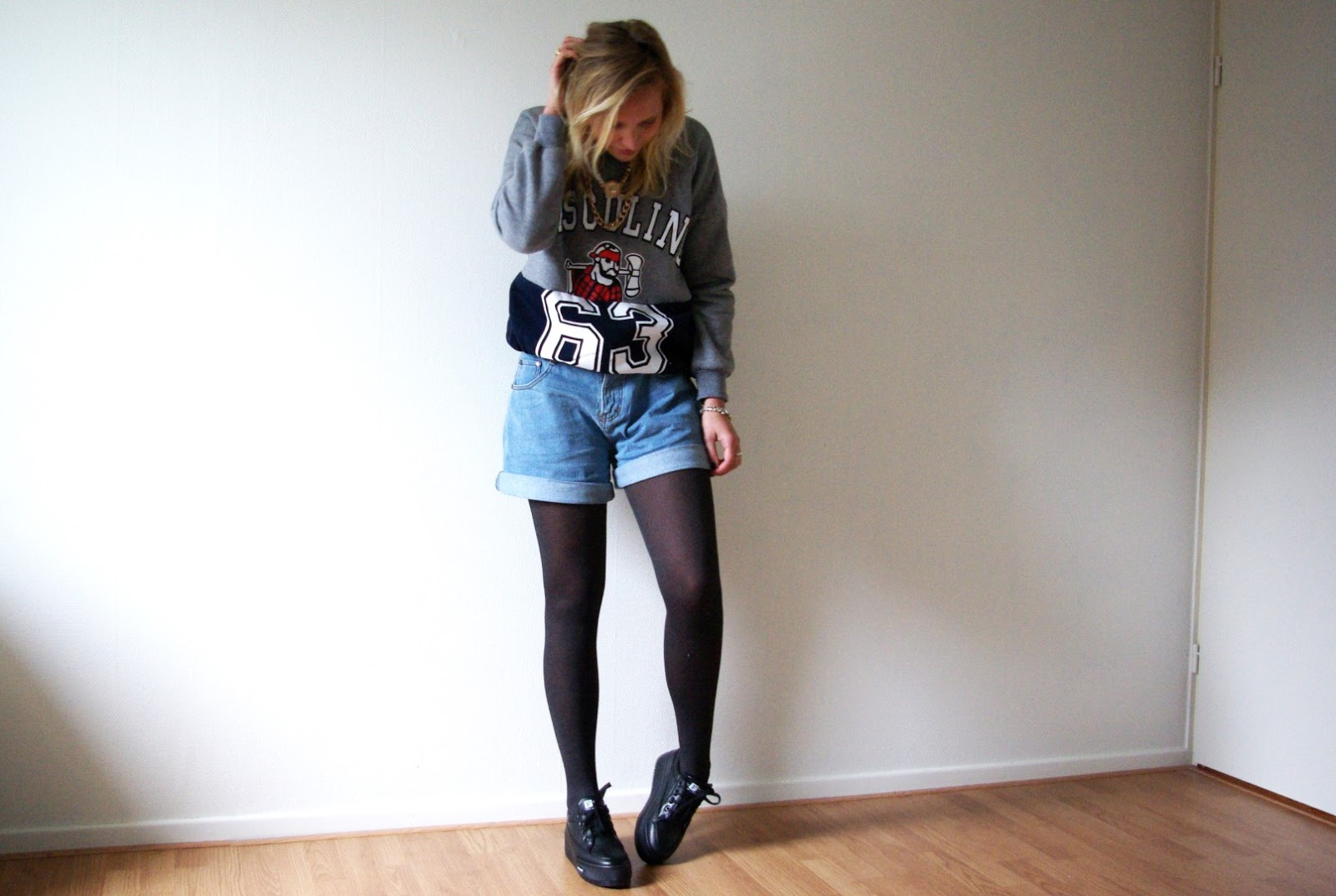 THROWBACK | SHORTS AND TIGHTS