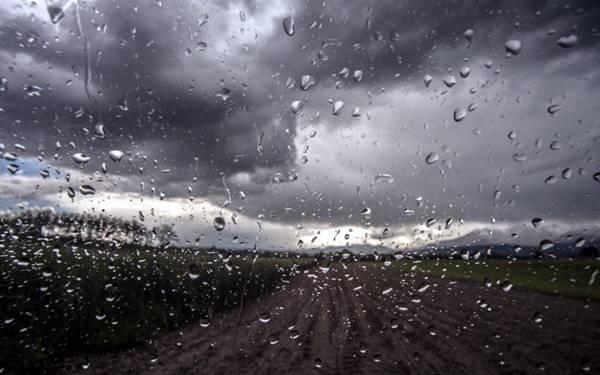 Άστατος καιρός με κατά τόπους βροχές και χαλαζοπτώσεις