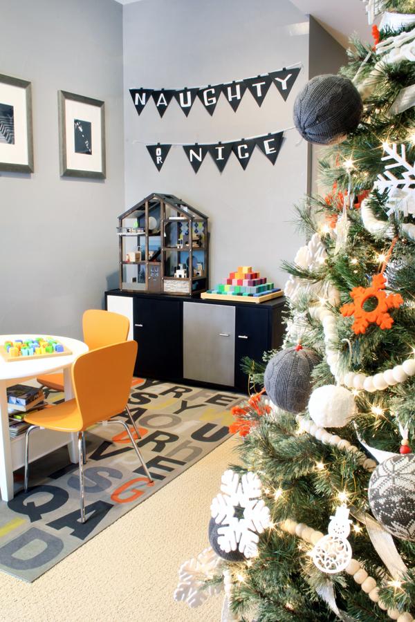 Naughy or Nice Christmas Banner - Modern Christmas Decor
