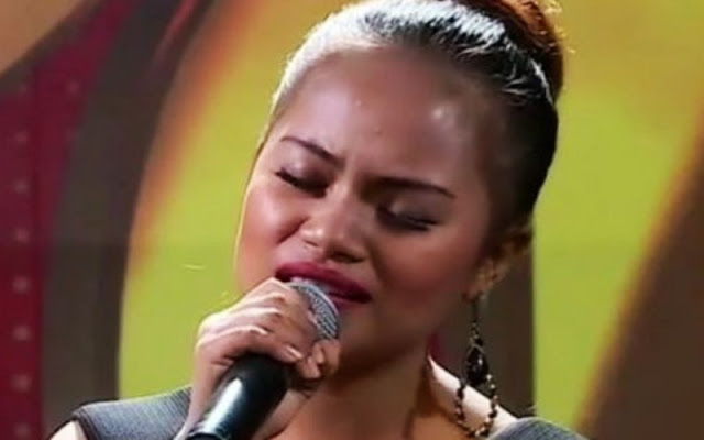 Waode Sofia saat bernyanyi di audisi KDI 2018