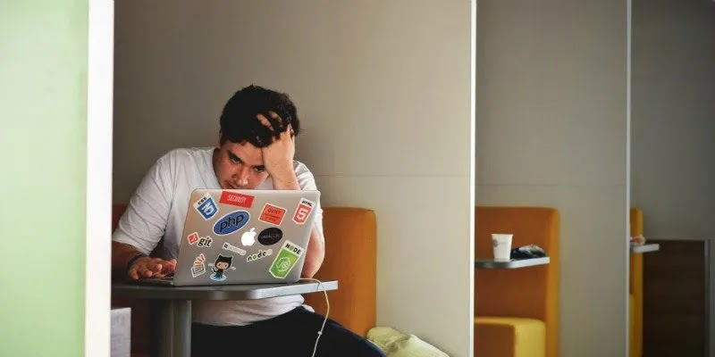 إزالة التطبيقات المشبوهة من جهاز Mac الخاص بك