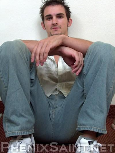 Fashion 4 men: Phenix Saint