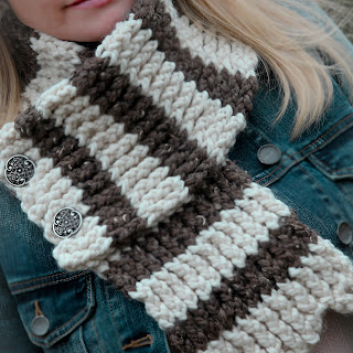 Loom knit Scallop Scarf Double knit pattern brown and white