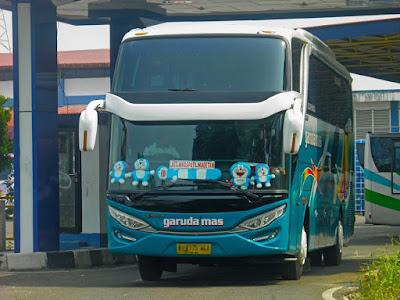 Foto Bus Garuda Mas B7175UGA