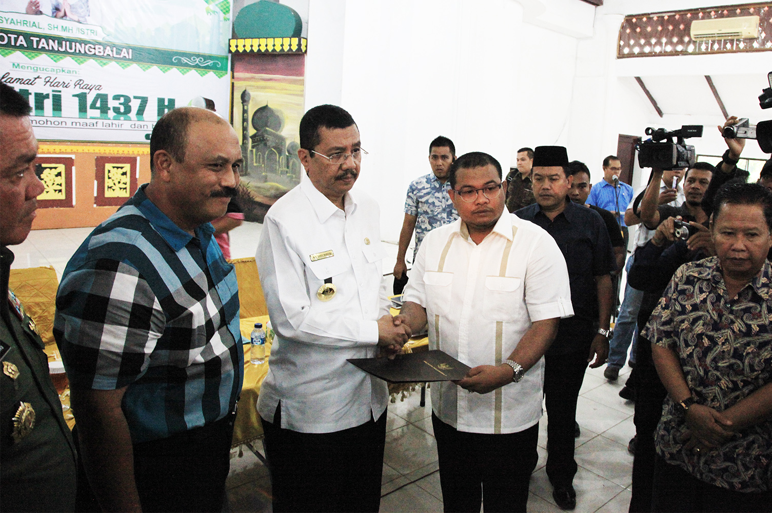 Warga Tanjung Balai Sudah Rukun Kompak Dan Damai Roda Kopi Bos By Ila Arifin Amr Perekonomian Normal