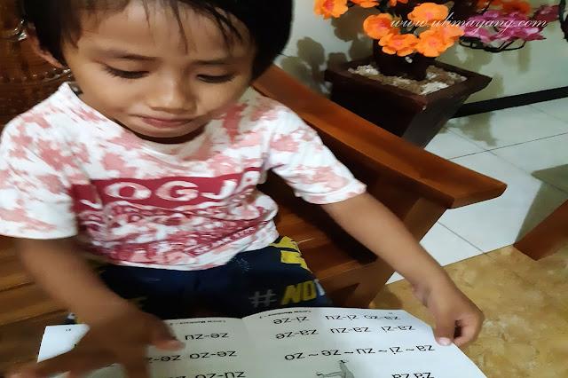 share-pengalaman-mengajar-anak-membaca-sejak-dini-tanpa-les-(4-tahun-bisa-membaca)