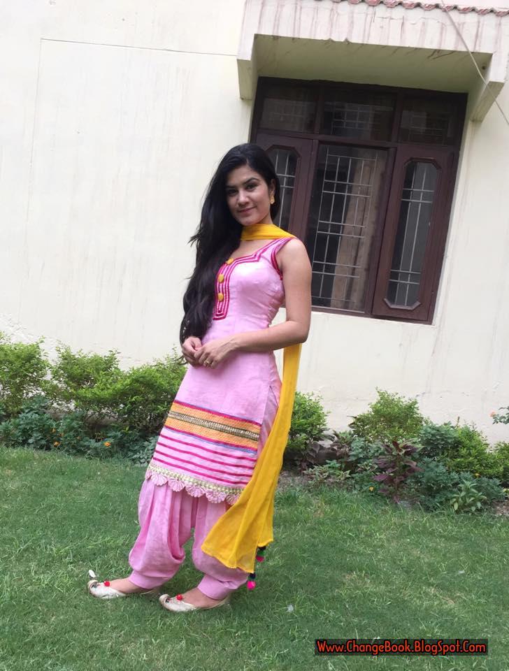 Itsworldbook kaur b beautiful hd images - Kaur b pics hd ...