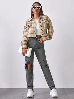 mom-jeans-and-bomber-jacket