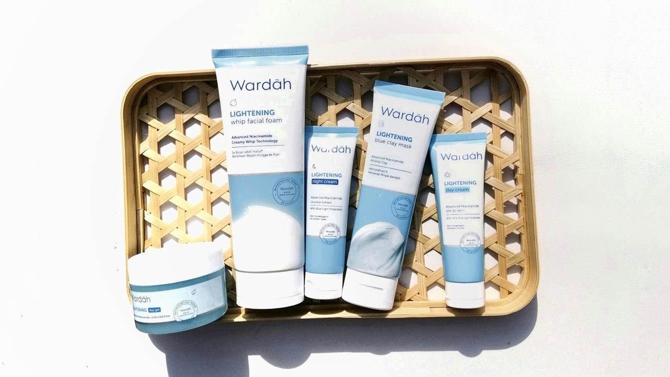 Wardah-Lightening-Series